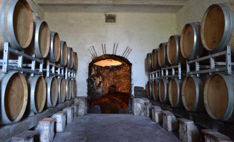 cantina Antiche Cantine Mario Terenzi bottaia e grotta